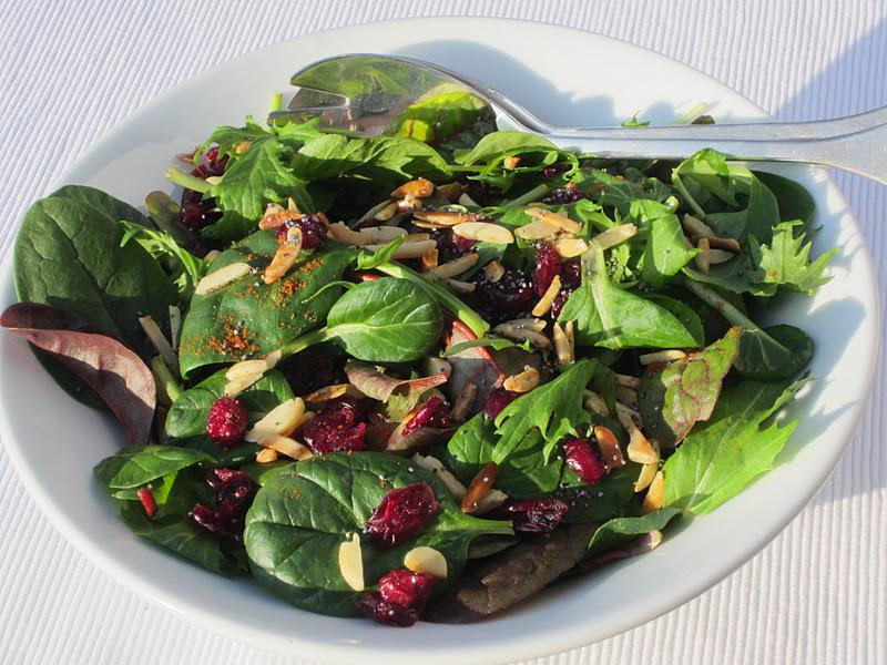 insalata con spinacini e cranberry