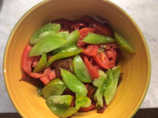 Insalata di pomodori verdi e rossi