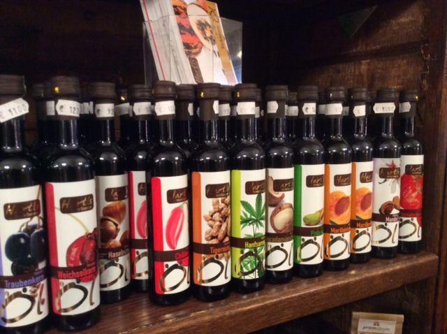 bottiglie di olii di semi, in Austria