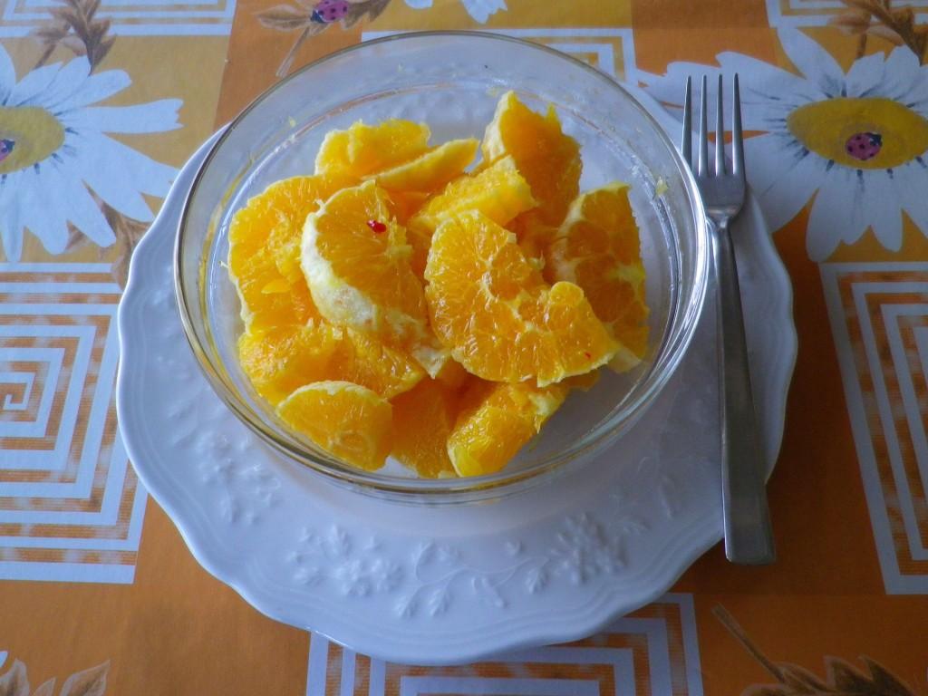 Insalata di arance in coppetta di vetro