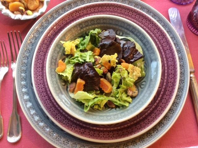insalata con albicocche secche e pistacchi