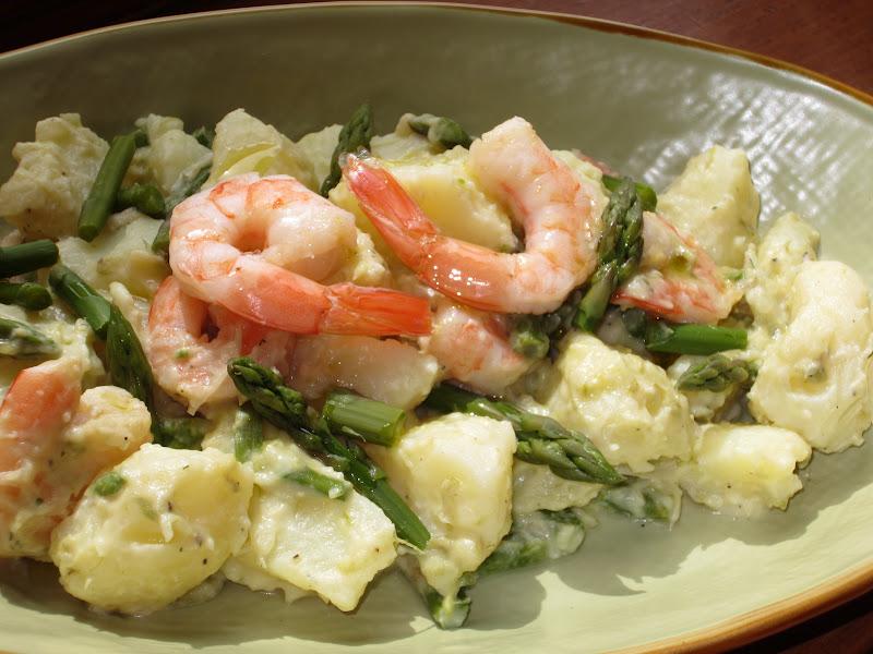 insalata di asparagi verdi, patate e mazzancolle