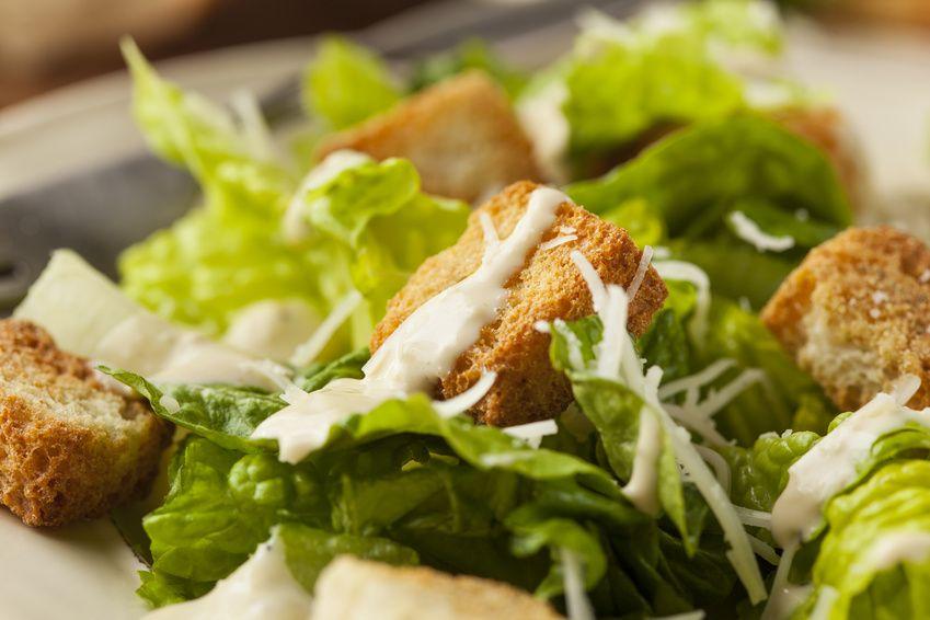 Caesar salad in foto ravvicinata