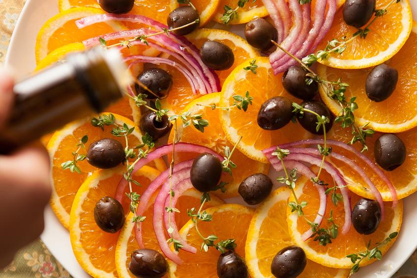 arance in insalata con cipolla di tropra e olive